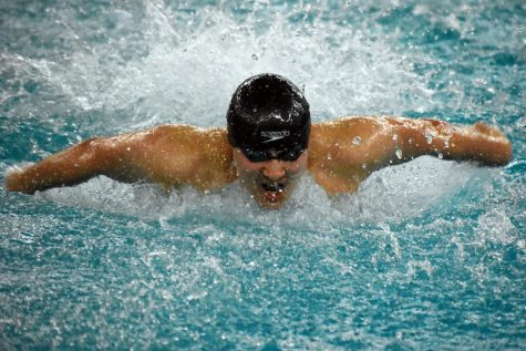 Boys' swim gives full effort at first day of Sections