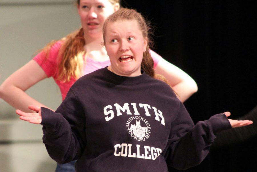 Senior Ellen Poulter playing Tracy sings during a rehersal of the musical Hairspray