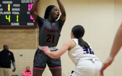 Girls' basketball pulls off 74-40 win
