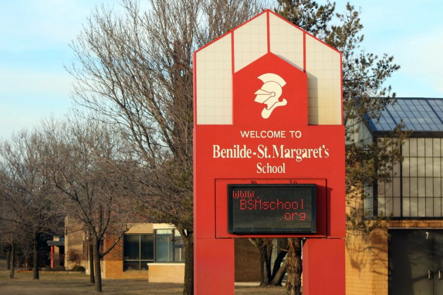 Benilde-St.+Margaret%27s%2C+a+Catholic+school+less+than+two+miles+from+Park%2C+announced+March+13+its+students+will+be+having+online+school+until+April+3.+The+number+of+confirmed+COVID-19+cases+has+risen+to+14+in+Minnesota.