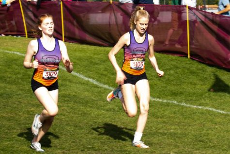 Senior Anna Keith competes in the five-kilometer race at the Roy Griak Invitational Sep 28. The Athena Award honors outstanding female high school senior student athletes.