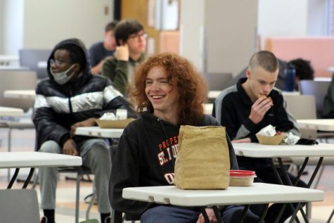 Junior Will Dooley eats lunch during hybrid learning Oct. 26. Park students were no longer required to attend asynchronous check-ins as of Jan. 25.